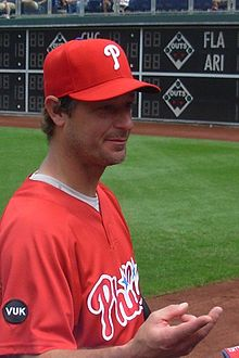 220px-jamie_moyer_phillies